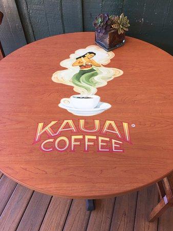 Kalaheo, Hawaï: かわいいテーブル