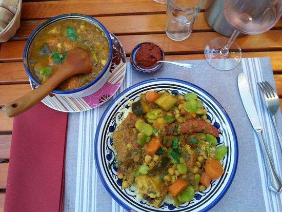 Aramon, Francia: Sous les Oliviers