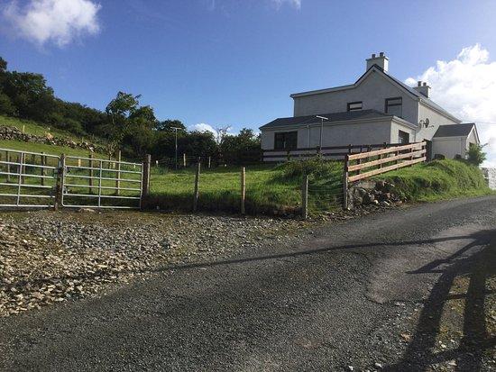 Horse holiday farm bewertungen fotos grange irland for Glasshouse hotel sligo swimming pool
