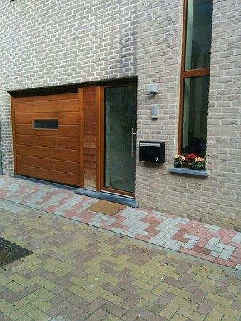 la maison du soleil bruxelles belgique voir les tarifs et avis chambres d 39 h tes tripadvisor. Black Bedroom Furniture Sets. Home Design Ideas