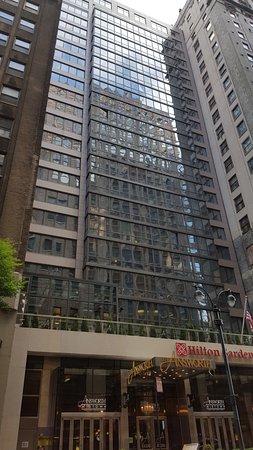 Hotellets Entr Picture Of Hilton Garden Inn New York Midtown Park Ave New York City