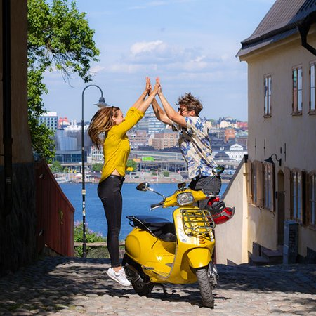 Vespa & E-bike Tours