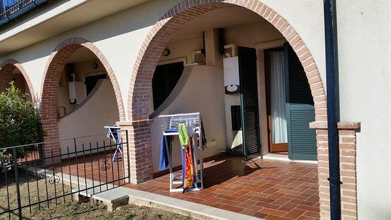 Complesso il Gorello: Il patio nella parte posteriore dell'appartamento.