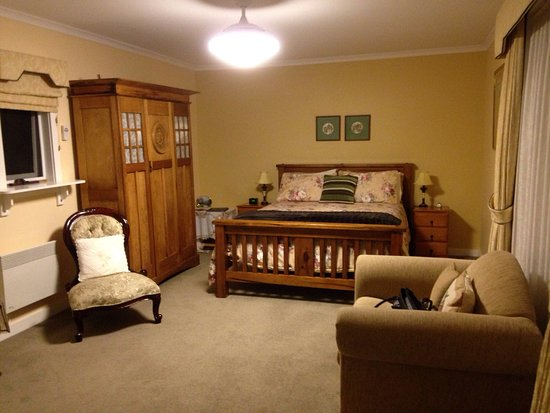 Walton House Bed and Breakfast : photo0.jpg
