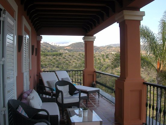 The Marbella Heights Boutique Hotel: Room balcony