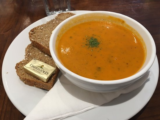 Ennis, أيرلندا: Crema de tomate