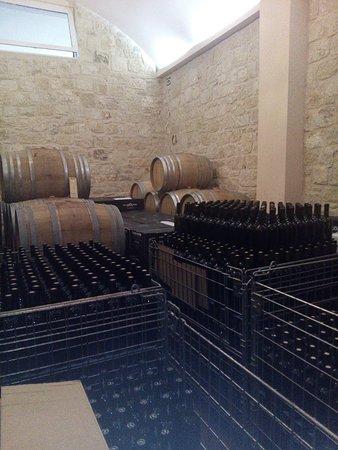 Tamiolakis Winery