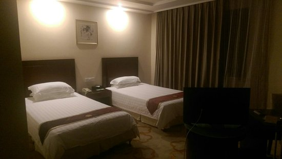 Shanghai Huiheng New Asia Hotel : IMAG0009_large.jpg