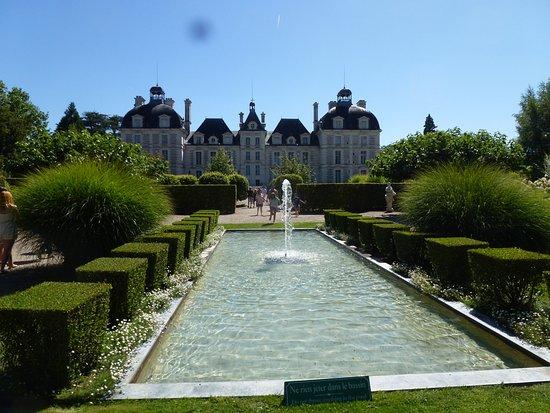 Jardin des apprentis - Photo de Château de Cheverny, Cheverny ...