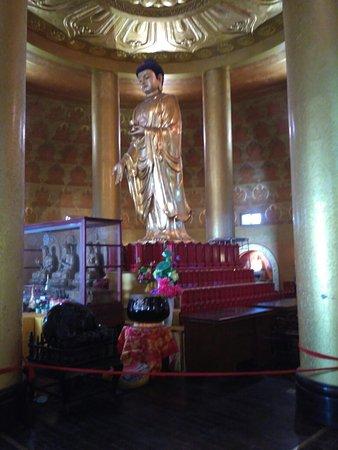 Emeishan, Cina: IMG_20160814_150823_large.jpg