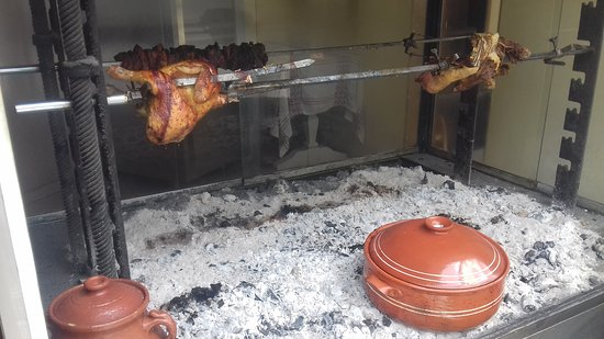 Lasithi Prefecture, Grecia: Slow food on clay