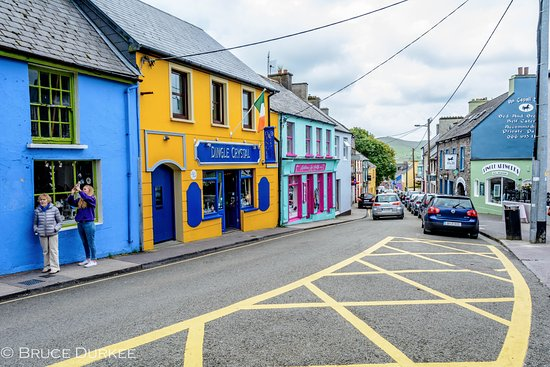 Castlewood House: Town of Dingle