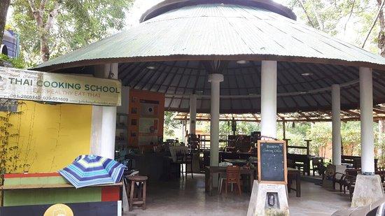 Koh Chang Thai Cooking School