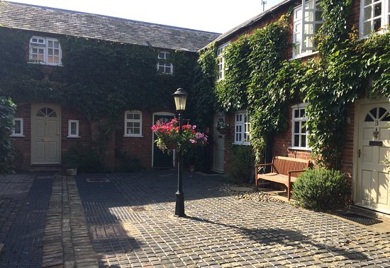 Glendower House Photo
