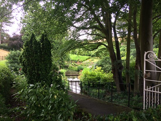 Raithwaite Estate: 100 acres of beautiful walkways.