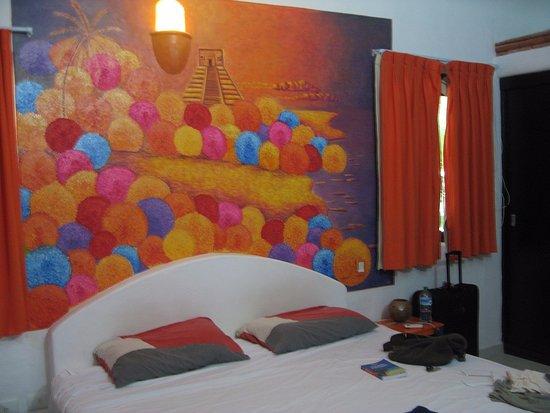 Sole Y Luna B&B : camera arancio