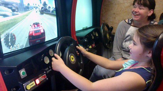 Creetown, UK: Driving at 121 mph keeps a 10 year old happy ! :)