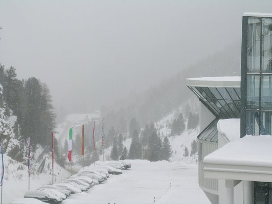 Crystal Sportiv: Let it snow!