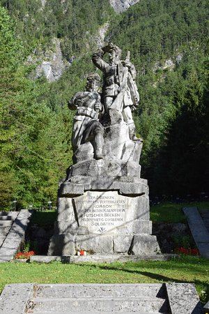 Log pod Mangartom, Eslovenia: Monument dedicated to the defenders of Rombon