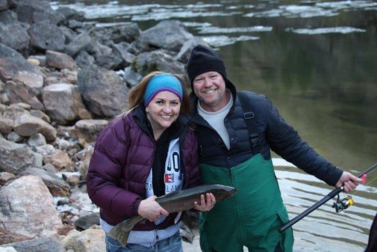Riggins, ไอดาโฮ: My first steelhead! A little small but so much fun to catch!