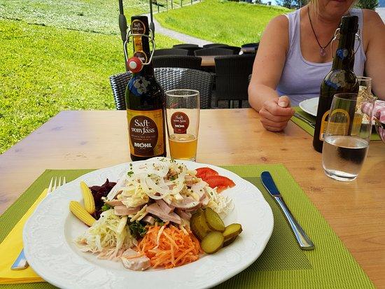 Unterwasser, Suiza: Der Salat schmeckte richtig gut