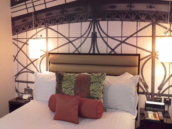 Hotel Indigo London-Paddington: great selection of pillows and good sleep quality