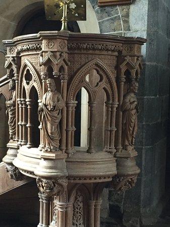 Ballinasloe, Irlanda: Beautifully carved