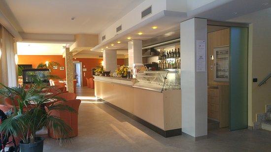 Hotel Miriam: Zona bar
