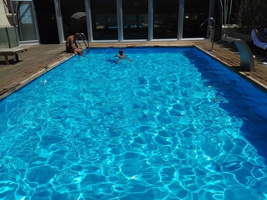 Hotel guadiana bewertungen fotos preisvergleich for Gimnasio y piscina
