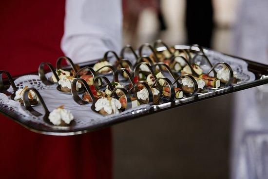 Schlangenbad, Deutschland: leckeres Fingerfood (Foto von Mauro Pinterowitsch))