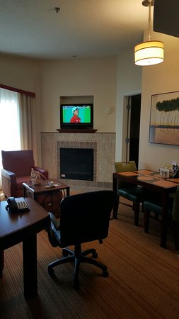 Residence Inn Waynesboro: 20160813_122643_large.jpg