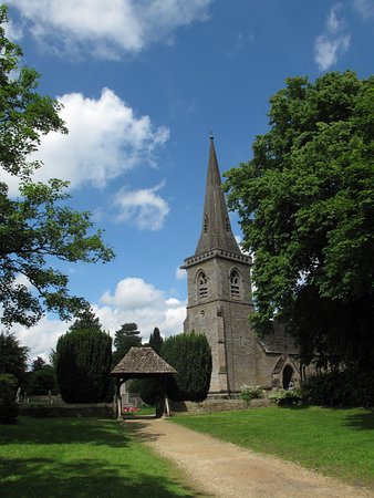 St Mary's Lower Slaughter outside