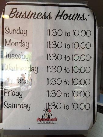 Acushnet, MA: Hours