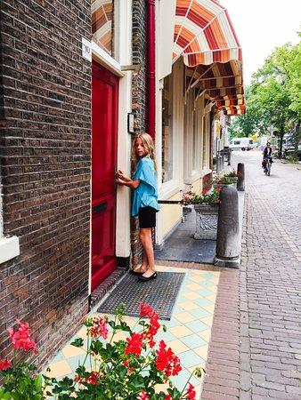 Hotel de Emauspoort: Our entrance