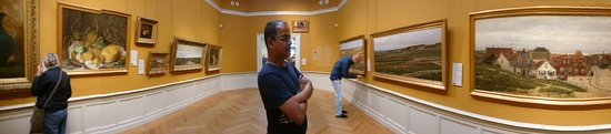 Panorama Mesdag: Panorama Sachin: The panorama we shot at the first level (too many visitors to do this upstairs)