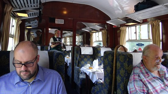 UK Railtours - Day Tours: Comfy armchairs in the carriage