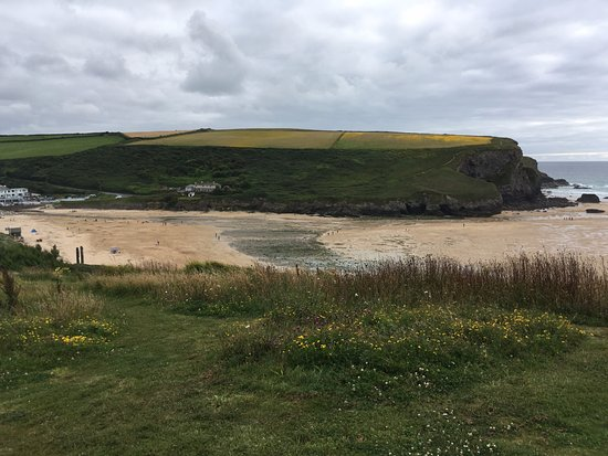 The Scarlet Hotel: View of Mawgan Porth beach from hotel grounds