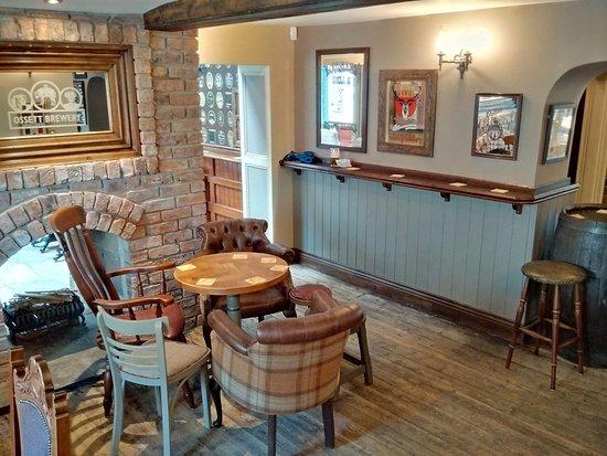 Liversedge, UK: Recently refurbished (June 2016) patrons area