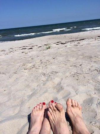 Marielyst, Dania: Barefoot on Boto Beach