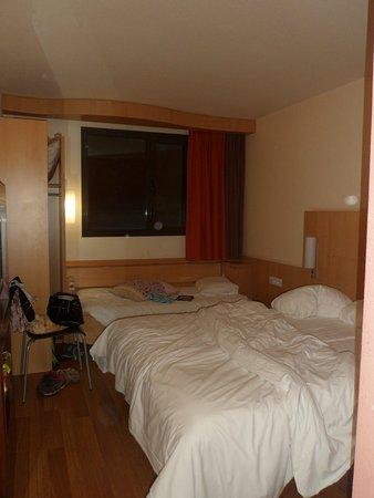 Ibis Girona Costa Brava: photo de la chambre à 3-