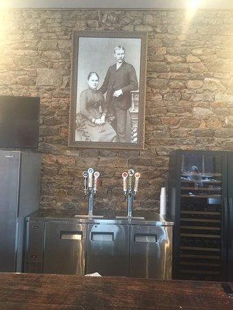Mason, TX: Cool bar area.