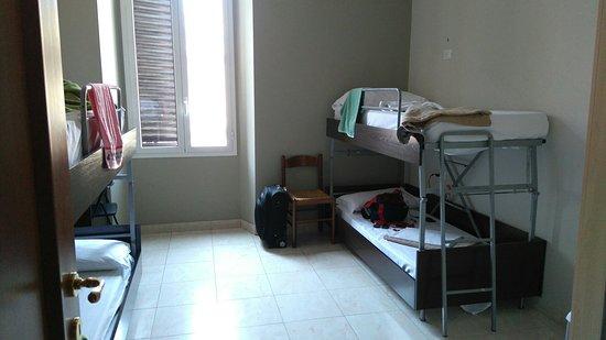 Mosaic Hostel: DSC_2931_large.jpg