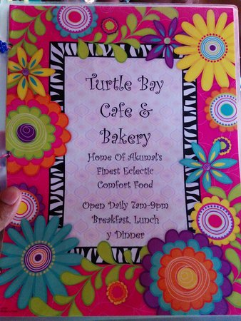 Turtle Bay Bakery & Cafe : Colourful menu!