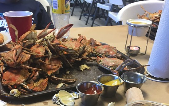 Indian Head, MD: These trays just kept coming out w/ fresh hot crabs.