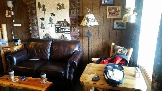Woodsman Country Lodge : TA_IMG_20160814_102921_large.jpg