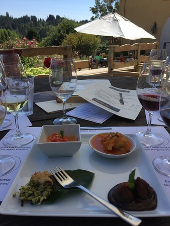 Marimar Estate Vineyards and Winery: Tapas--yumm!