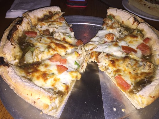 Decatur, IL: Deep Dish Jamaican Jerk Pizza