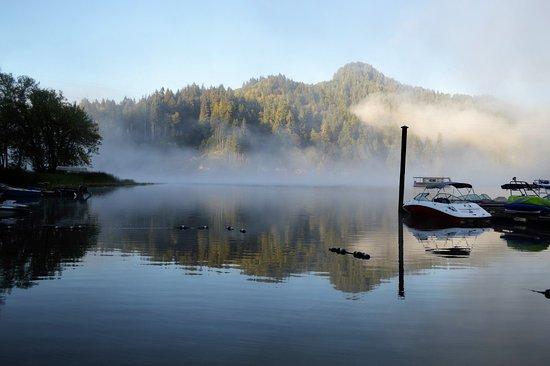 Reedsport, Oregón: Loon Lake