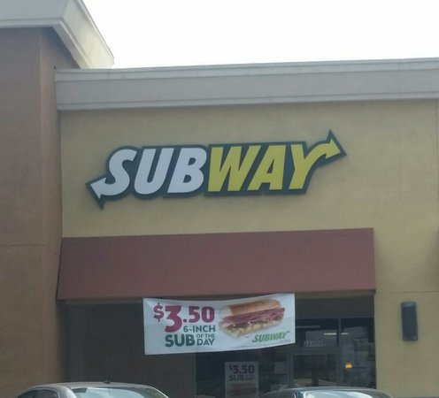 La Habra, CA: Subway