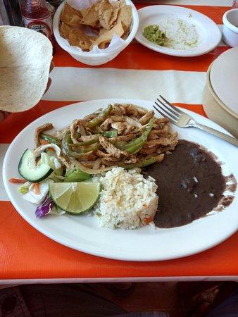 Cockteleria la Justicia de Don Pino Restaurant